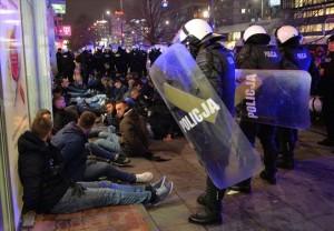 Tifosi della Lazio fermati a Varsavia, alcuni già rilasciati da autorità polacche