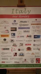 Sukces włoskiego stoiska na kiermaszu charytatywnym Bazaar SHOM w Warszawie
