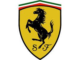 Bolidy Ferrari na ulicach Warszawy
