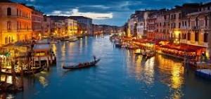 Venice Summer Outfits  Lo scanzonato osservatorio sullo stile dei turisti a Venezia