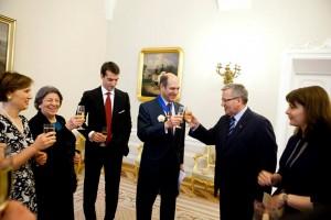 Alta Onorificenza polacca per l'Ambasciatore Guariglia