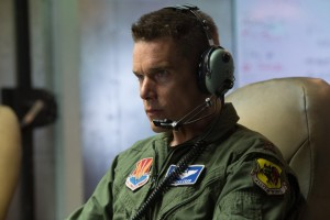 """Good Kill"", la morte come un videogioco (clip di ""Good kill)"