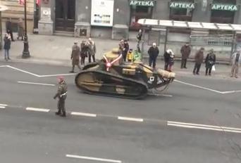 VIDEO Parata a Varsavia per la Festa dell'Indipendenza