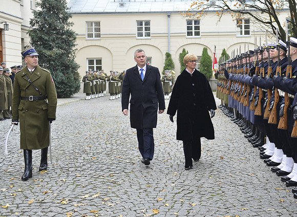 Visita ufficiale del Ministro Pinotti in Polonia