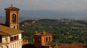 Perugia, cultura, tradizioni e centro dei media accademici