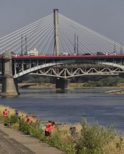 A Varsavia la Vistola è senz'acqua. Non accadeva dal 1879