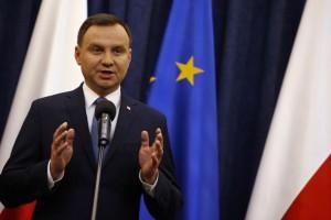 """Duda: """"Il punto di unione della società polacca è la nostra presenza nell'Unione europea"""""""