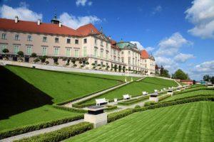 Polonia Oggi: Progetto per il nuovo Giardino Basso del Castello Reale di Varsavia