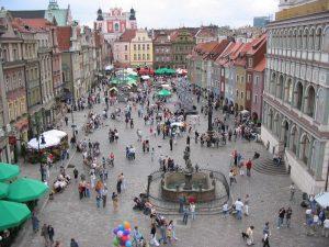 """POLONIA OGGI: 20 mila turisti a """"Poznań a metà prezzo"""""""