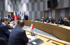 La Polonia sulla crisi dei migranti: sì a un aiuto economico, no all'accoglienza