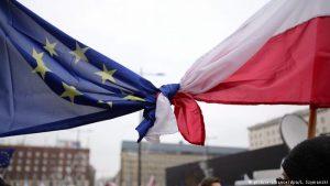 UE-Polonia: la minaccia dell'Articolo 7 e la ricerca di un compromesso
