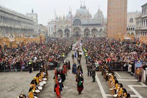 Karnawał w Wenecji: Instrukcja obsługi