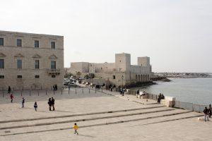 Trani, miasto z katedrą na morzu