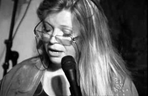 Polonia Oggi: La poetessa irlandese Nuala Ni Dhomhnaill vince il Premio letterario Zbigniew Herbert