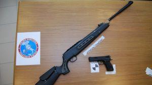 Polonia Oggi: Traffico di armi online dalla Polonia all'Italia