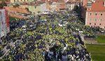 Polonia Oggi: Le forze dell'ordine scendono in piazza per chiedere aumenti