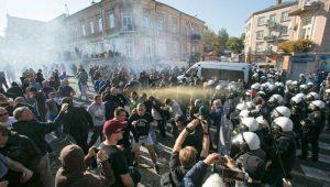 Polonia Oggi: Marcia dell'Uguaglianza a Lublino, 8 poliziotti feriti e 21 arresti