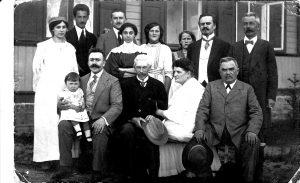 Viaggio sulle tracce dei misteriosi nuovi arrivati dal Sud, l'epopea della famiglia Kanelli