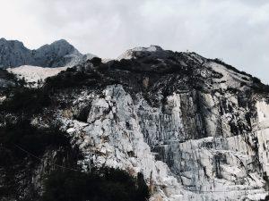 Viaggio nella terra del marmo: Carrara e dintorni
