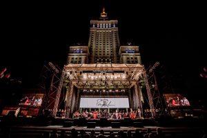 Opera wraca na Plac Defilad!